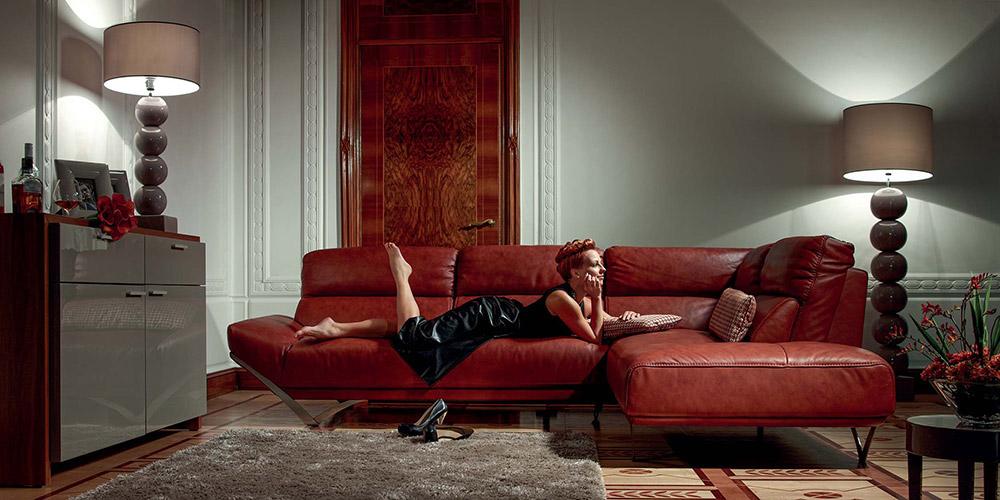 Italian Leather Sofa Highlife by Calia Maddalena