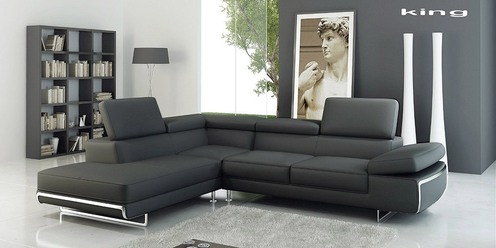 King Standard Corner Suite in Black Leather