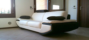 Sofa 3 Seater of White and Black Leather Nirvana
