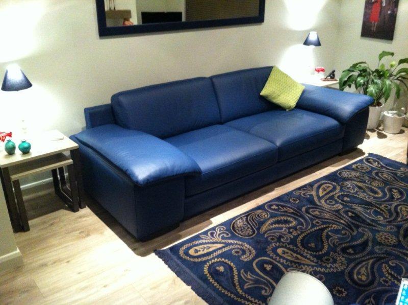 Attractive Leather Sofa Quattro